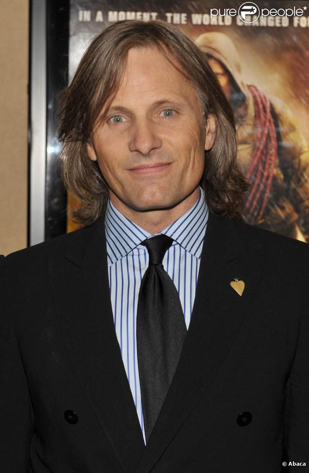 Viggo Mortensen, à l'occasion de l'avant-première de  The Road , qui s'est tenue au Clearview Chelsea Cinema de New York, le 16 novembre 2009.