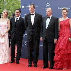 Juan Carlos et Corinna Zu Sayn-Wittgenstein (en robe rose) à Barcelone en 2006.