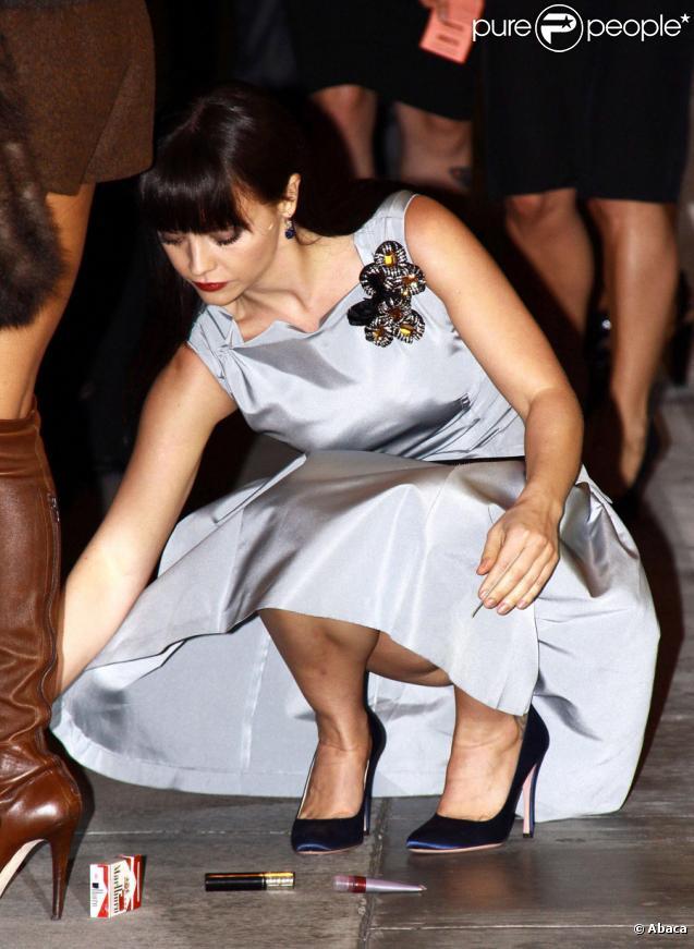 Christina Ricci se rendant à une soirée de lancement d'un livre Prada à Beverly Hills le 13 novembre 2009