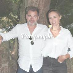 Clovis Cornillac et Lilou Fogli parfaitement assortis : le couple de sortie... avec le même styliste ?