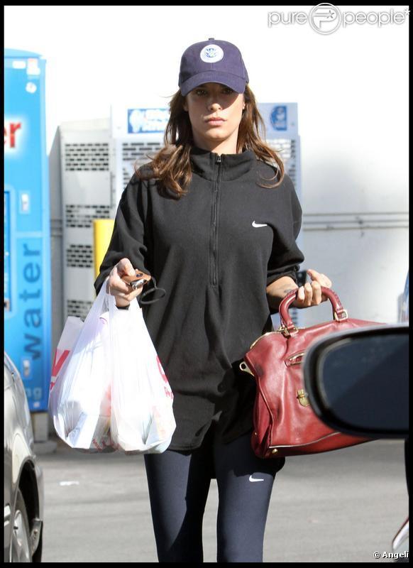 Elisabetta Canalis à Los Angeles, le 1er décembre 2009