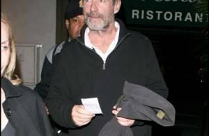 Timothy Dalton : Depuis que son ex est avec Mel Gibson... il a pris un coup de vieux notre James Bond !