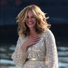 L'actrice américaine Julia Roberts sur le tournage d'une publicité pour Lancôme (sur la péniche Cachemire) sur la Seine à Paris.