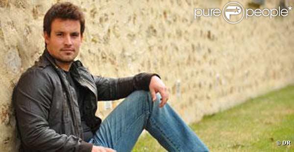 Guillaume, protégé de Julie Zenatti, s'arrête aux portes de la demi-finale de X-Factor...