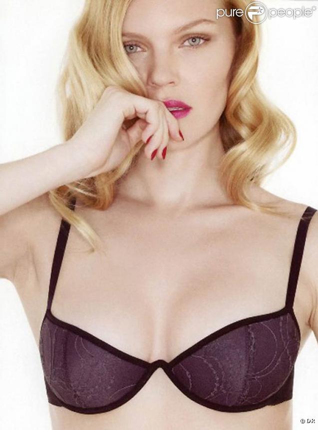 La ravissante Elena Kuletskaya pour la nouvelel collection de la lingerie ERES...