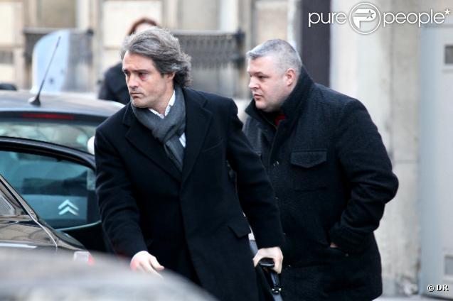Le chirurgien Stéphane Delajoux, après son agression, le 12 décembre 2009