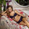 La ravissante Elen Rivers pour la promotion de la lingerie Diamond Boutique.