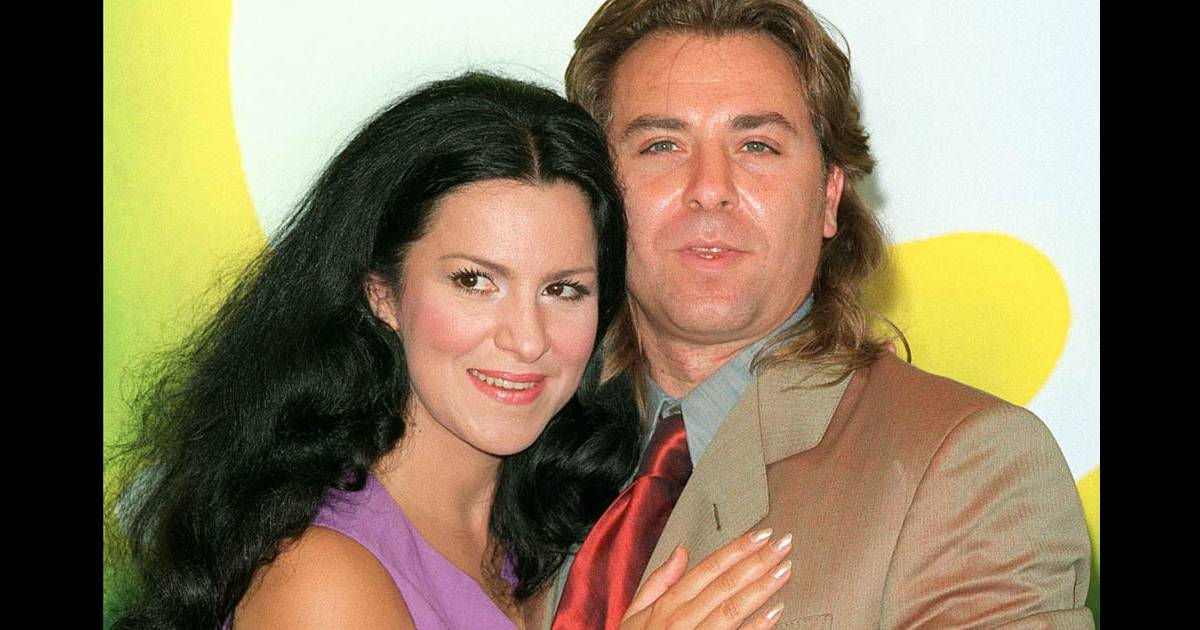 apr s 13 ans de mariage angela gheorghui a finalement demand le divorce d 39 avec roberto alagna. Black Bedroom Furniture Sets. Home Design Ideas