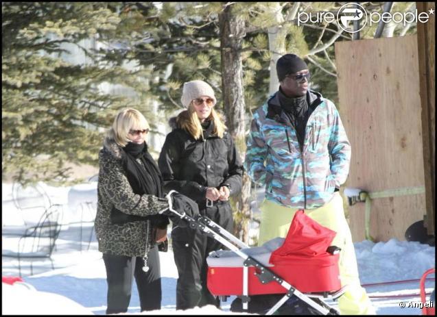 Heidi Klum, Seal et leurs quatre enfants ainsi que la mère d'Heidi ont décidé de passer les fêtes de Noël dans la station de ski, Aspen le 21 décembre 2009