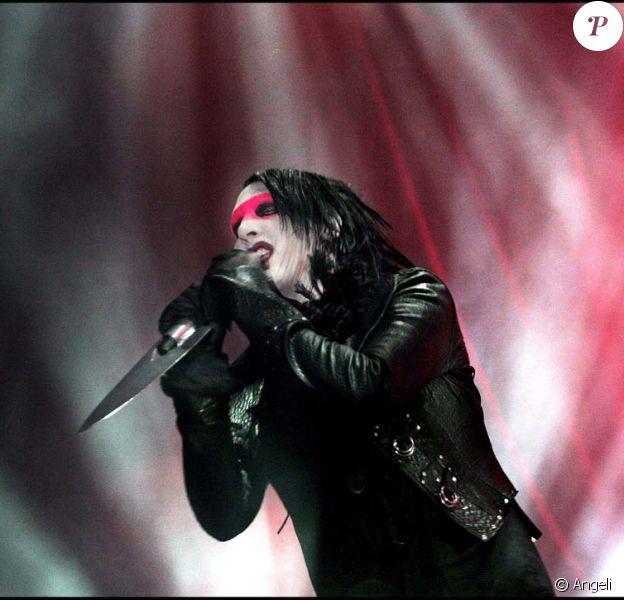 Marilyn Manson sur scène en Suède le 15 décembre 2008.
