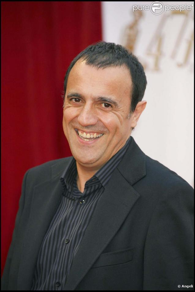 Thierry Beccaro jouera sur scène la pièce  Coach  avec Pierre-Olivier Scotto, à partir de 2010.