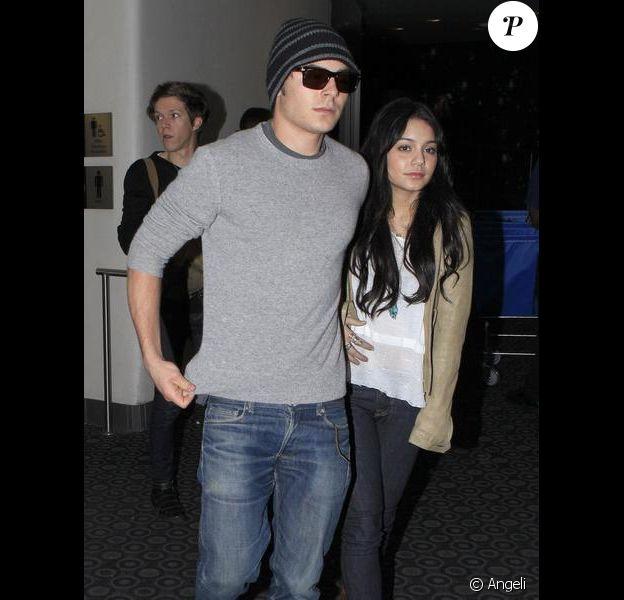 Vanessa Hudgens et Zac Efron à Hollywood, le 3 janvier 2010