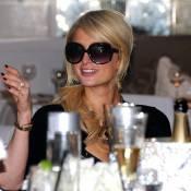 Paris Hilton : Traumatisée par le décès de Casey Johnson ? Elle cache bien sa peine !