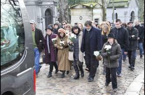 Obsèques de Mano Solo : L'émotion de sa famille et d'une foule d'anonymes, recueillis au Père-Lachaise...