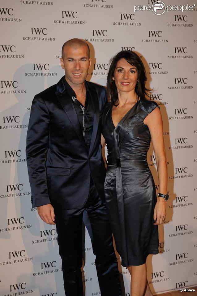 Zinedine Zidane et sa femme Véronique, lors du lancement de la collection portugaise de la marque IWC Schaffhausen, au salon international de la haute horlogerie, à l'espace Secheron, le 19 janvier 2010, à Genève.