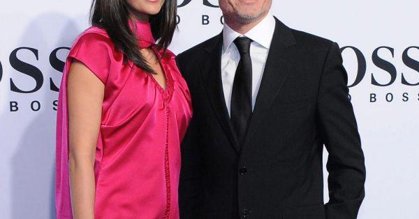 minier divorced singles Un titre se distingue, le duo avec florent pagny nos vies parallèles (top 7 sur le ultratip singles chart belge, top 39 sur le ultratop singles chart [15].