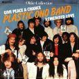 Yoko Ono et son fils Sean (ici avec sa compagne Charlotte Kemp Muhl) reforment le Plastic Ono Band pour un concert unique en février 2010
