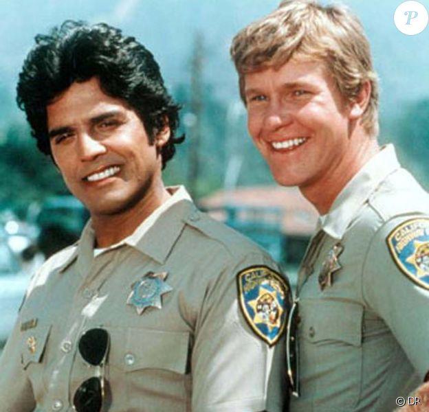 Eric Estrada (gauche) et Larry Wilcox, les stars de CHIPs !