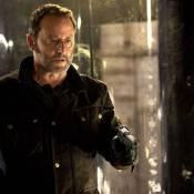 Regardez Jean Reno avec... 22 balles dans le corps !