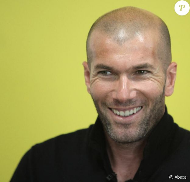Zinedine Zidane va être parrain de la Star Ac' des footballeurs, en Espagne.