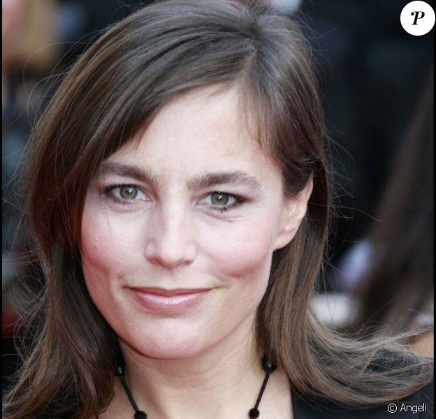 Sophie Duez revient sur son engagement auprès de Chrisitan Estrosi, dans l'Express du 11 au 17 février 2010 !