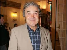 Pierre Perret, très remonté, attaque un écrivain en justice !