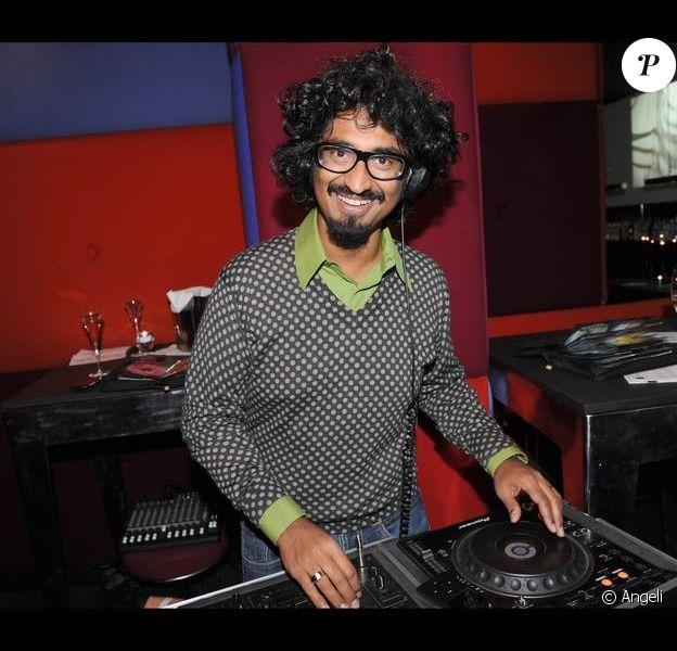 Sébastien Folie provoque la folie du dancefloor au Murano (18 février 2010)