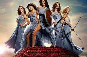 Desperate Housewives : Regardez Marcia Cross... en plein strip-tease !