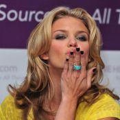 Victoria Beckham, Lindsay Lohan, Brad Pitt, Robert Pattinson, Sienna Miller... Découvrez les tocs et manies de vos stars préférées !