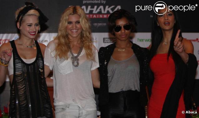 Ashley Roberts et Kimberly Wyatt (ici sur la partie gauche de l'image) ont décidé de quitter les Pussycat Dolls.