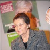 """Simone Veil, 82 ans, la femme préférée des français : trois présidents de la République font d'elle une """"immortelle"""" !"""