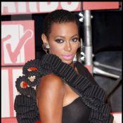 Beyoncé : Sa soeur Solange lui fait de l'ombre avec un simple... battement de cils !