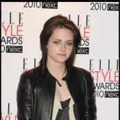 Kristen Stewart et Dakota Fanning : écoutez-les pousser la chansonnette ensemble... ça dépote !