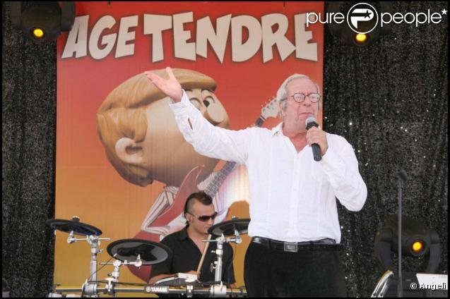 Patrick Topaloff sur scène pour le spectacel  Âge tendre et têtes de bois , le 2 octobre 2009 !