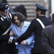Quand Johnny Depp en pyjama saute par la fenêtre...