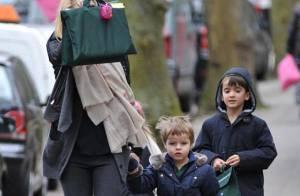 Gwyneth Paltrow : En attendant la sortie d'Iron Man 2, la jolie blonde joue à la super maman... incognito !
