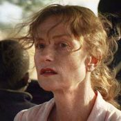 """Regardez Isabelle Huppert revenir sur son année 2009 : Cannes, """"Villa Amalia"""" et le tournage avec sa fille !"""
