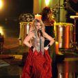 Shakira interprète le single  Gypsy , sur le plateau de  Wetten Dass...?  le 27 mars 2010 !