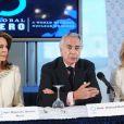 La reine Noor de Jordanie et l'ex-agent de la CIA Valerie Plame participaient le 8 avril 2010 à une réunion de Global Zero, à quelques jours du sommet sur l'armement nucléaire voulu par Barack Obama