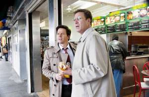 Regardez Mark Wahlberg et Will Ferrell en pires flics du monde... face à la superbe Eva Mendes !