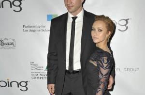 Hayden Panettiere présente sa nouvelle coupe, avec un James Cameron amoureux et une Michelle Rodriguez déchaînée !
