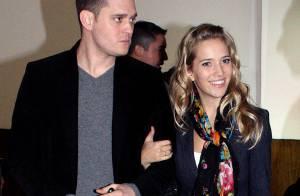 Michael Bublé n'aime pas trop que sa superbe fiancée lui vole la vedette !