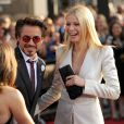 La ravissante Gwyneth Paltrow au bras de Robert Downey Jr., à l'occasion de l'avant-première d' Iron Man 2 , qui s'est tenue au El Capitan Theatre d'Hollywood, à Los Angeles, le 26 avril 2010.
