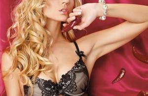 Le superbe top model Petra Cubonova, une magnifique blonde qui irradie tout sur son passage !
