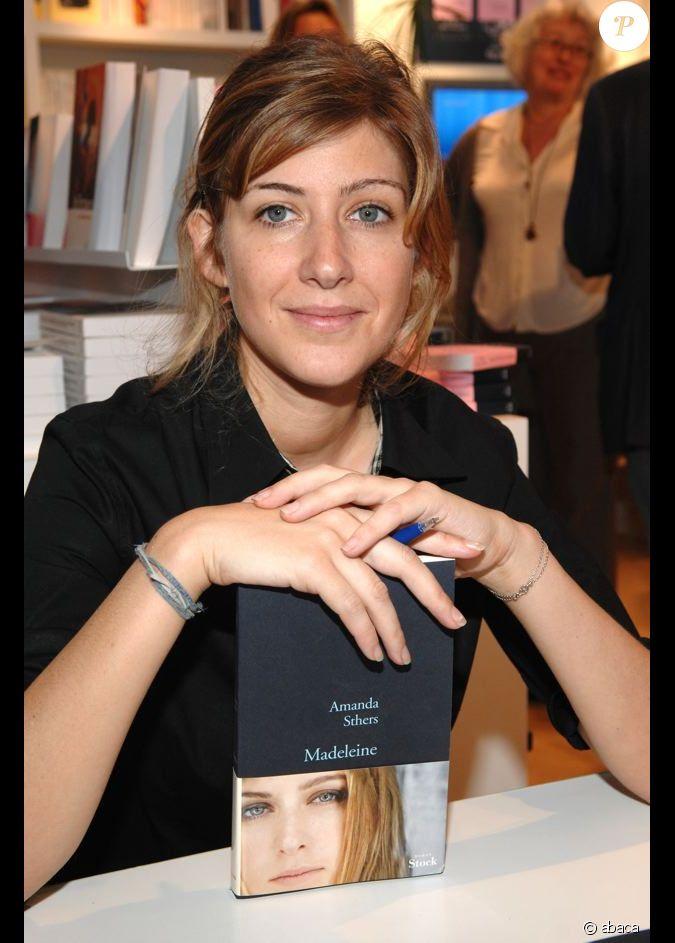 Amanda sthers pr sente 39 madeleine 39 au salon du livre for Salon du divorce