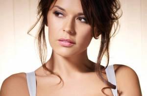 Découvrez la ravissante Danielle Bux, la plus sexy des femmes de footballeurs...
