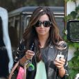 Ashley Tisdale fait du shopping dans le quartier de West Hollywood le 13 mai 2010