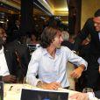 Omar Sy, Robert Pirès et Jo-Wilfried Tsonga lors de l'événement caritatif Ace de coeur au profit des associations Attrap'la balle et Mécénat Chirurgie Cardiaque le 20 mai 2010 à l'hôtel Park Hyatt à Paris