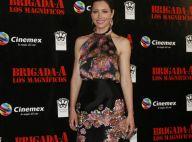La divine Jessica Biel, en robe courte et fleurie, aux côtés de Bradley Cooper et Barracuda !