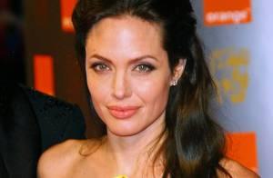 Angelina Jolie fête ses 35 ans : Revivez le parcours de cette femme exceptionnelle !